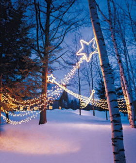 35+ Beautiful Christmas Lighting Decoration Ideas