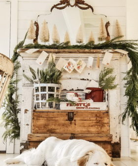 15+ DIY Christmas Mantel Decorating Ideas